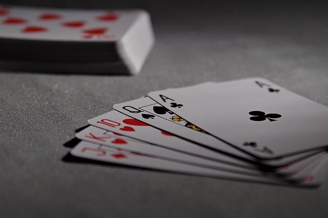App poker di Snai: come funziona per giocare online?