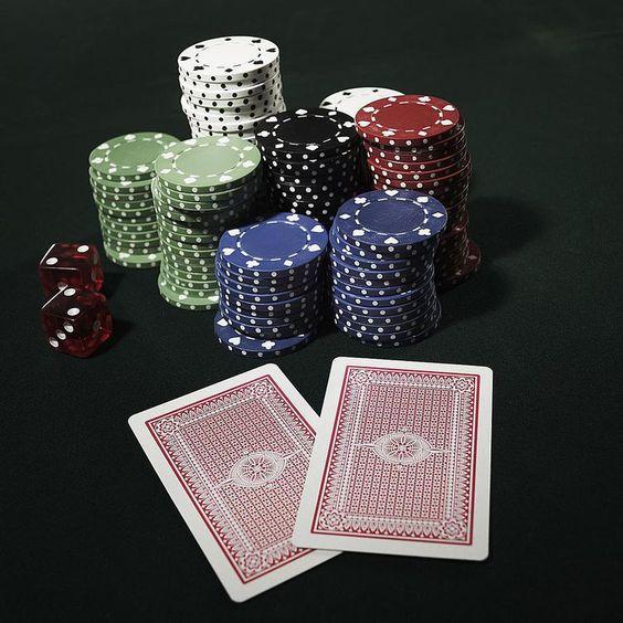 888 Poker: come funziona, bonus e deposito